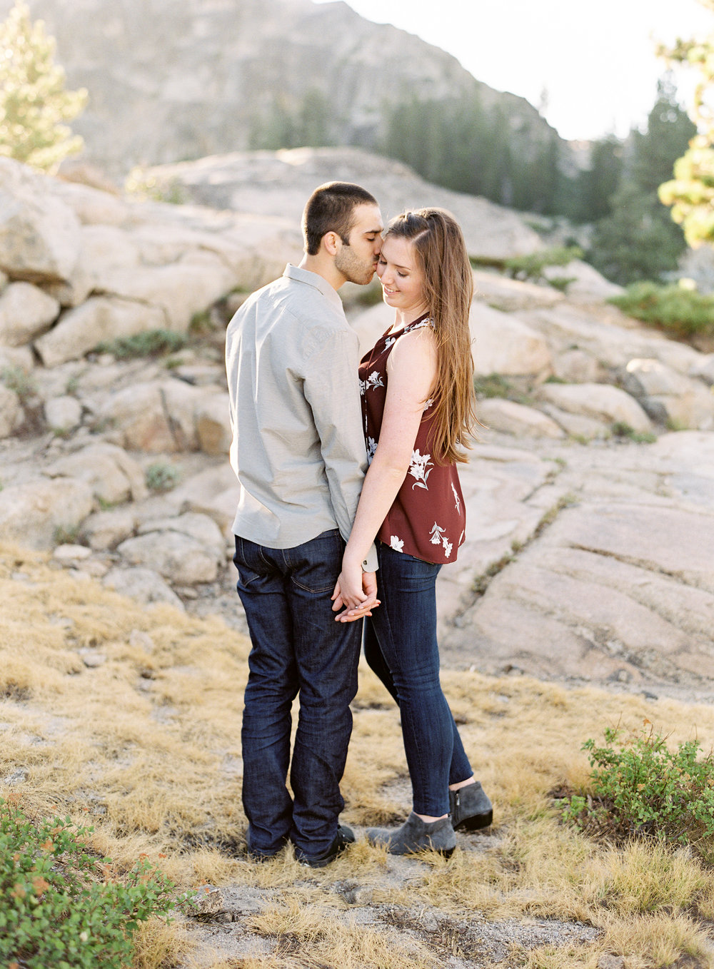 donner-lake-summit-engagement-photography-1-3.jpg