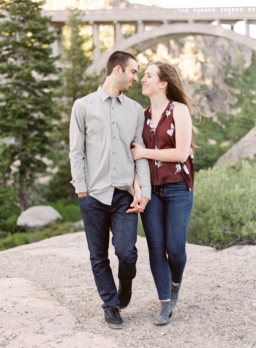 donner-lake-summit-engagement-photography-1-4.jpg