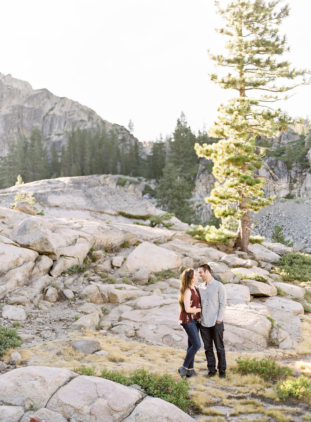 donner-lake-summit-engagement-photography-1-6.jpg