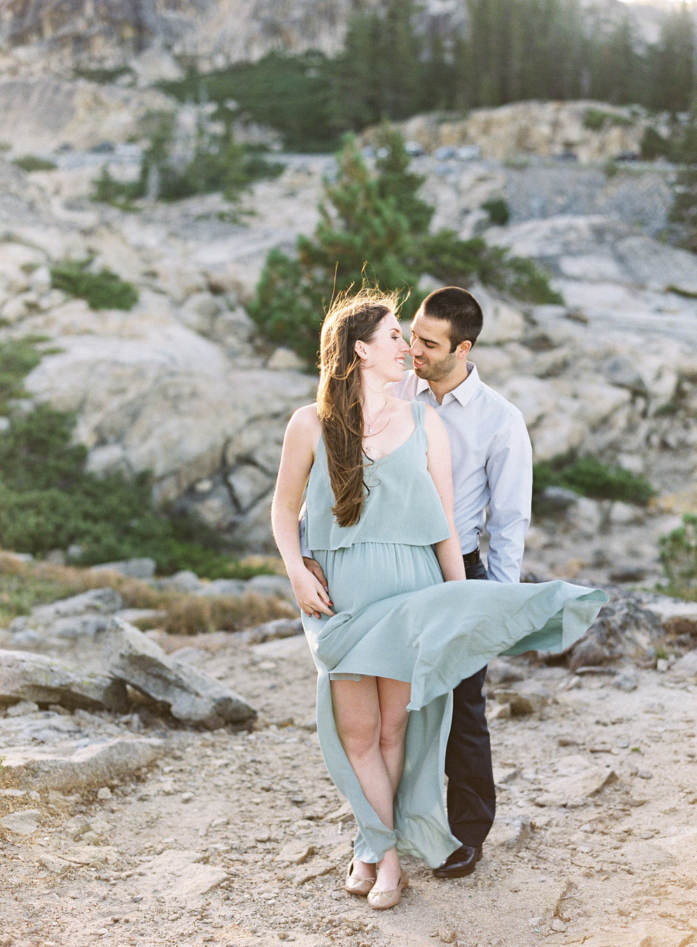 donner-lake-summit-engagement-photography-1-9.jpg