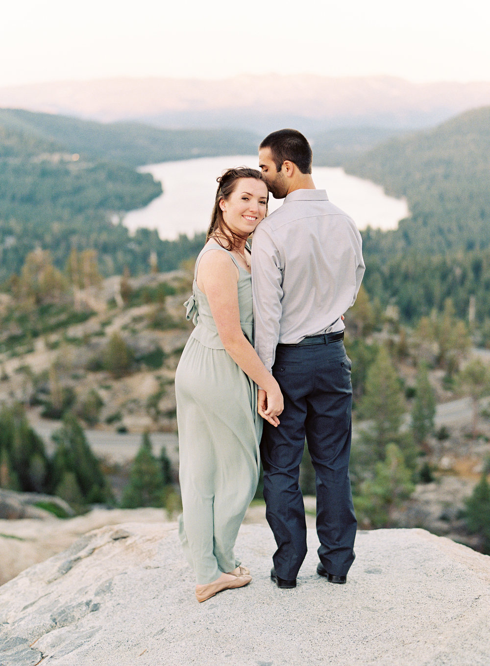 donner-lake-summit-engagement-photography-1-11.jpg