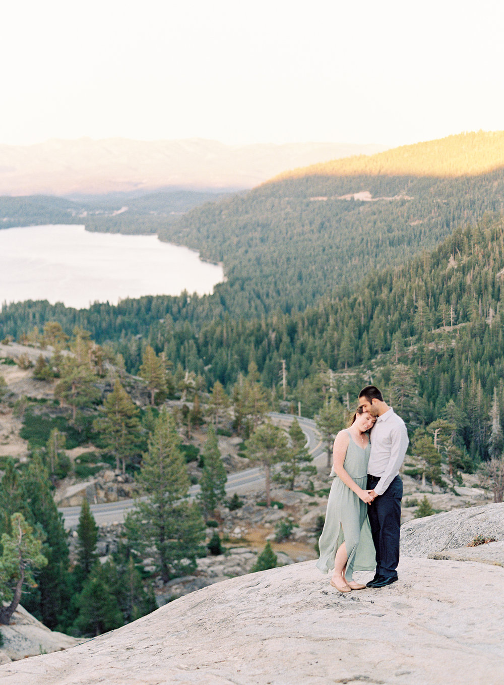 donner-lake-summit-engagement-photography-1-15.jpg