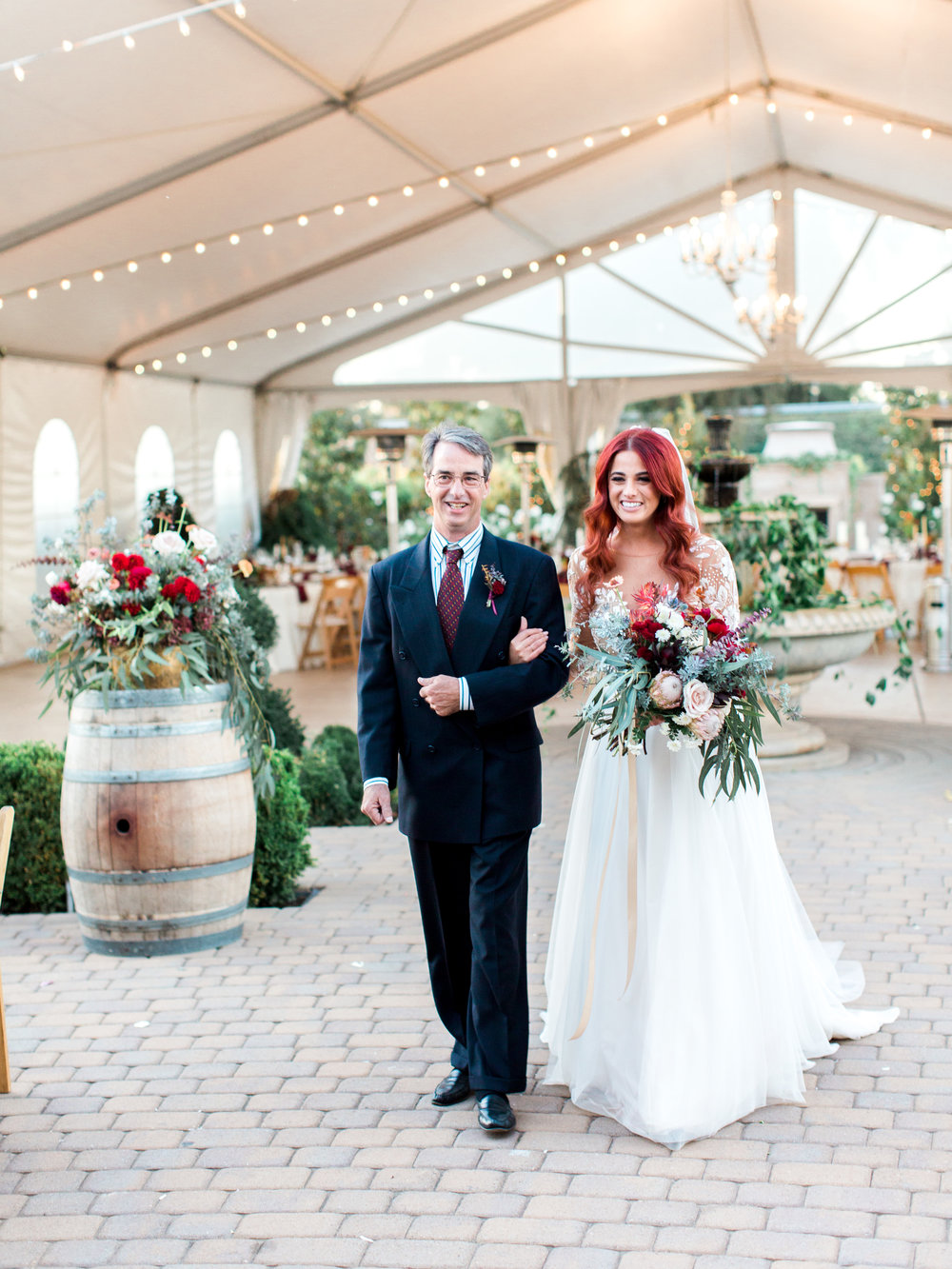 fall-inspired-wedding-at-scribner-bend-vineyards-in-sacramento-california-1-9.jpg