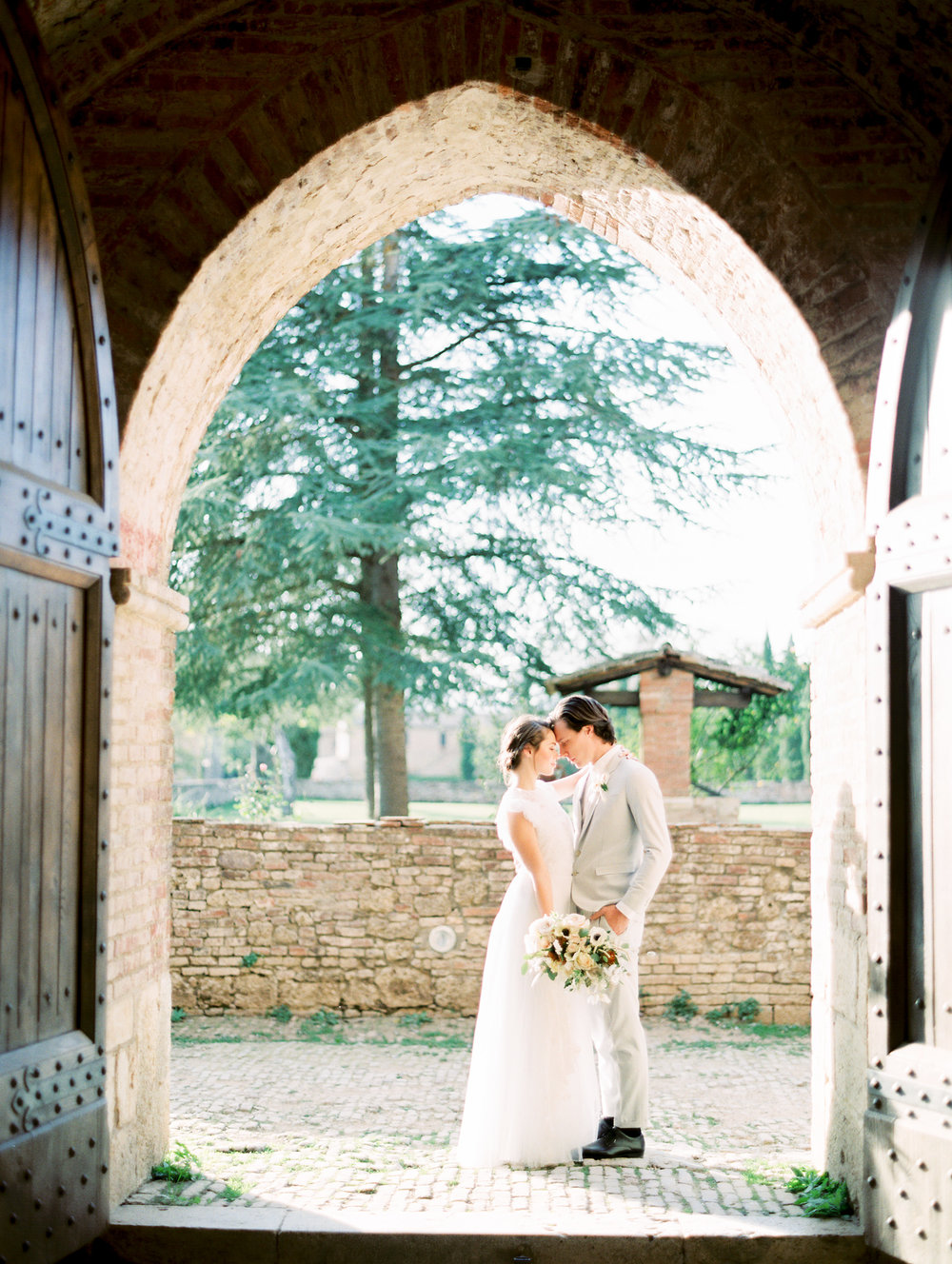 romantic-italy-wedding-in-tuscany-95.jpg