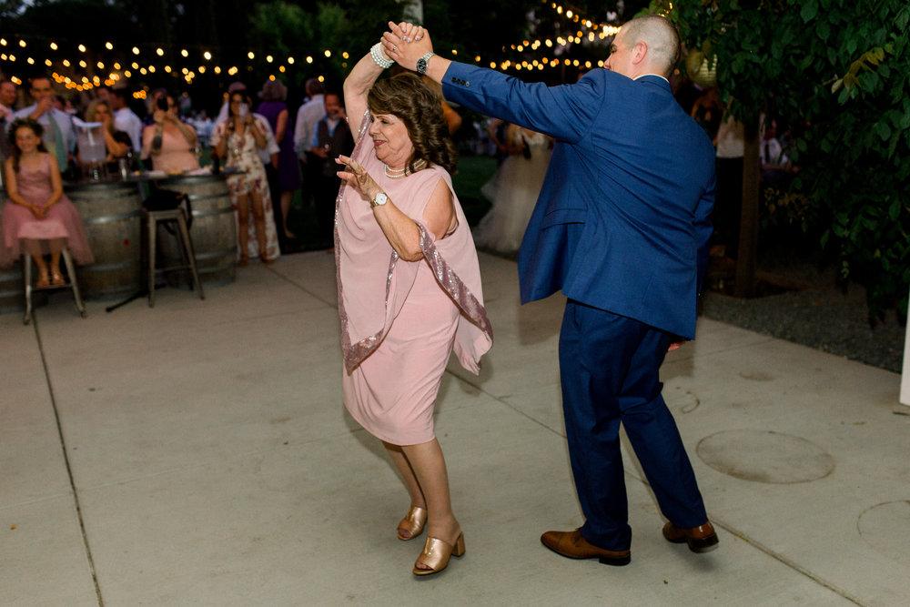 Durst-winery-wedding-in-lodi-calfornia-43.jpg