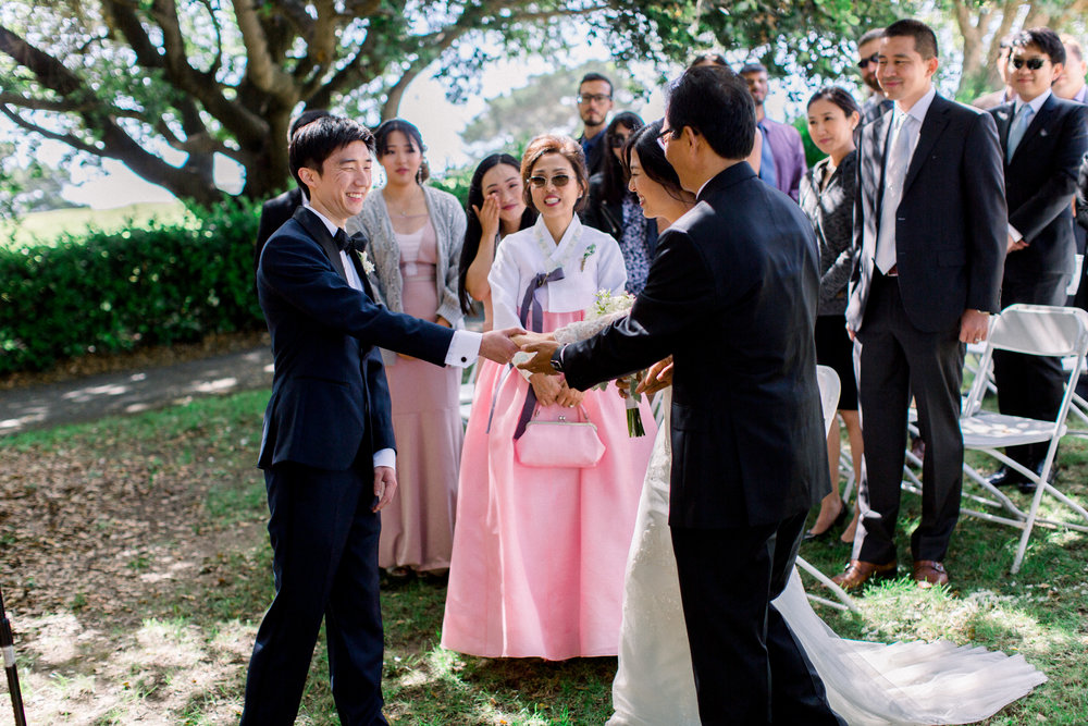 Cliffside-Carmel-valley-wedding-by-kristine-herman-photography-12.jpg