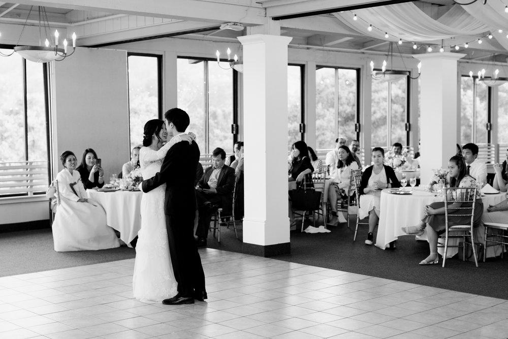 Cliffside-Carmel-valley-wedding-by-kristine-herman-photography-30.jpg