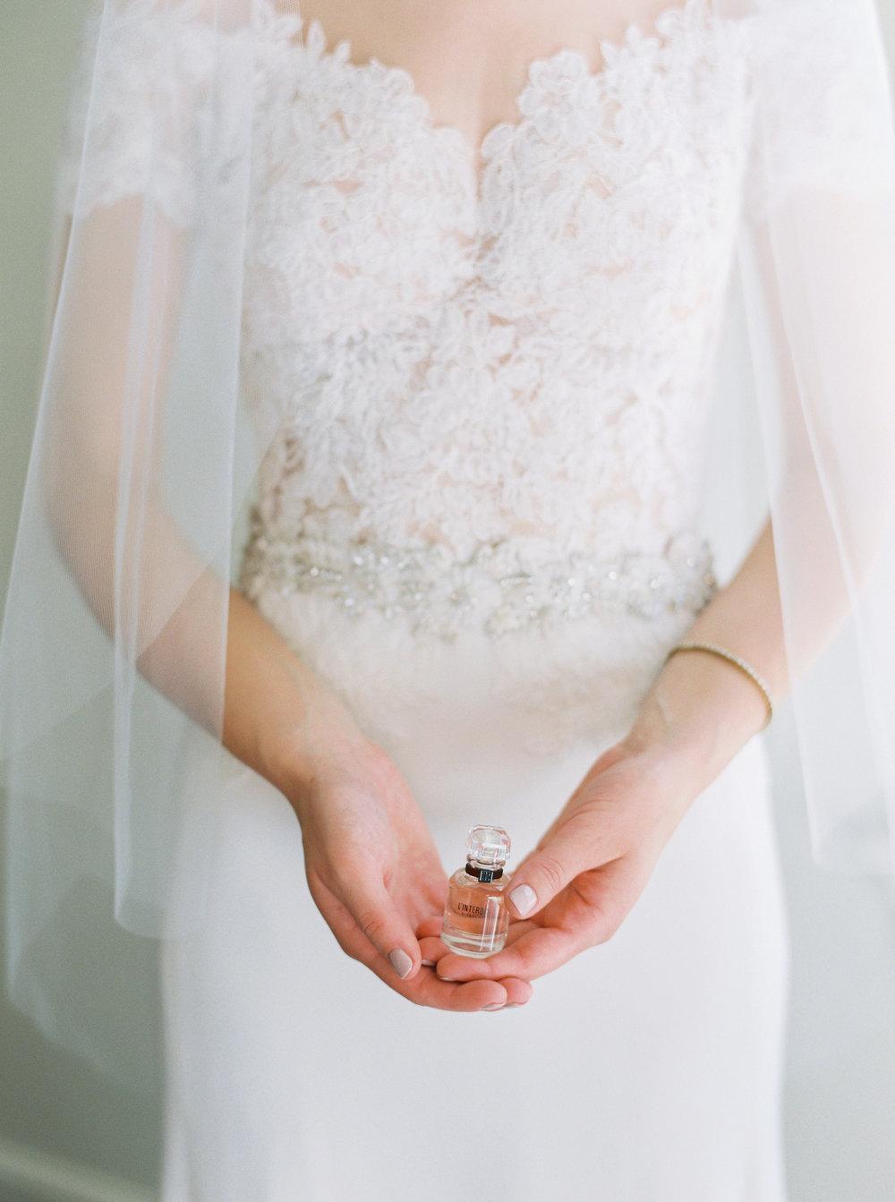 Log-cabin-wedding-in-presidio-san-francisco-california-desintation-wedding-photography-27.jpg