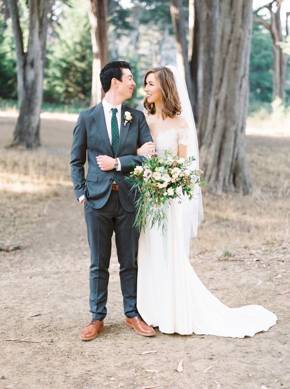 Log-cabin-wedding-in-presidio-san-francisco-california-desintation-wedding-photography-37.jpg