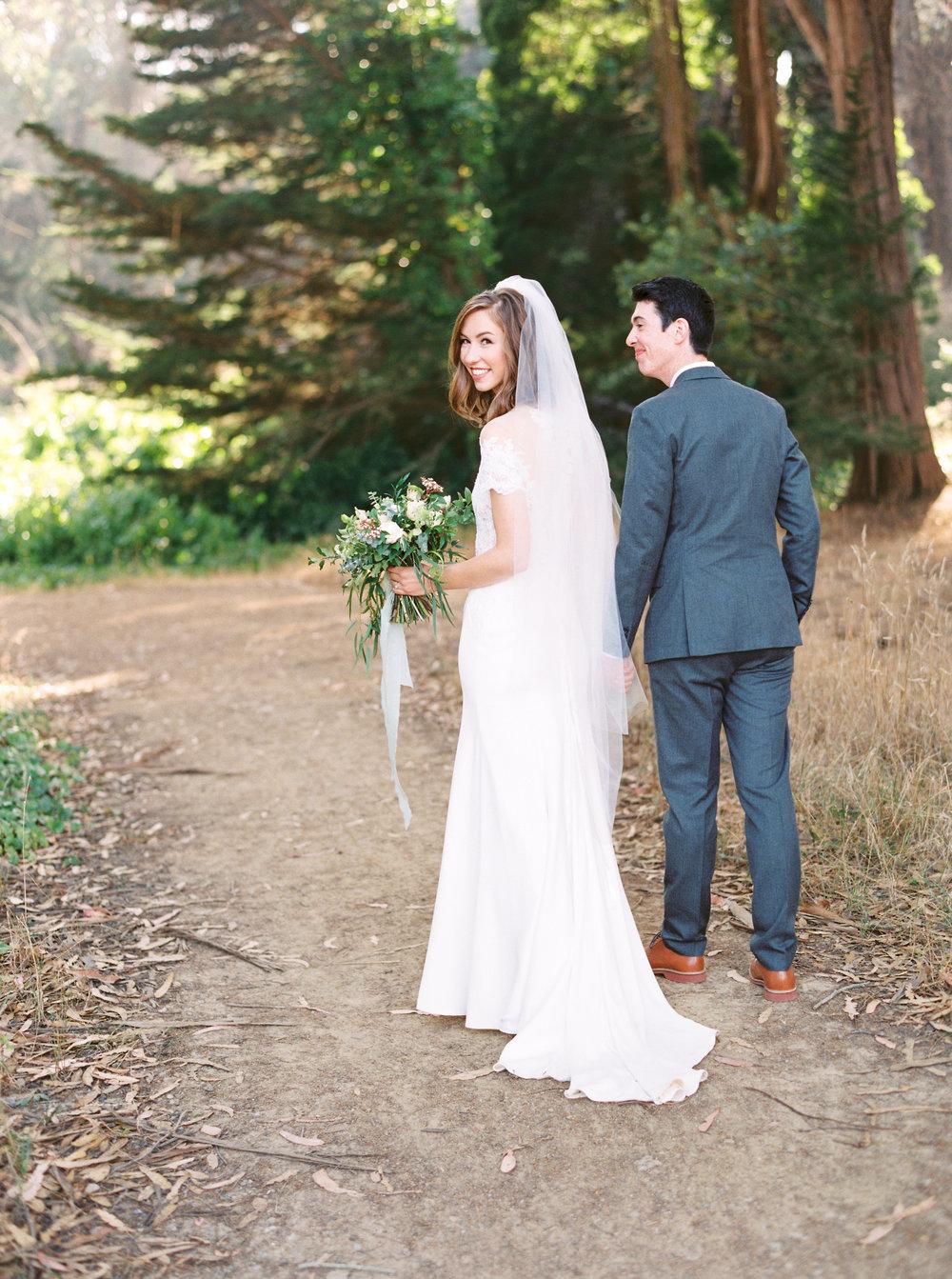 Log-cabin-wedding-in-presidio-san-francisco-california-desintation-wedding-photography-47.jpg