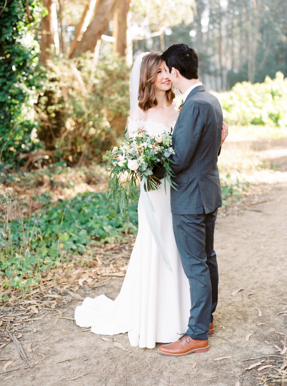 Log-cabin-wedding-in-presidio-san-francisco-california-desintation-wedding-photography-43.jpg