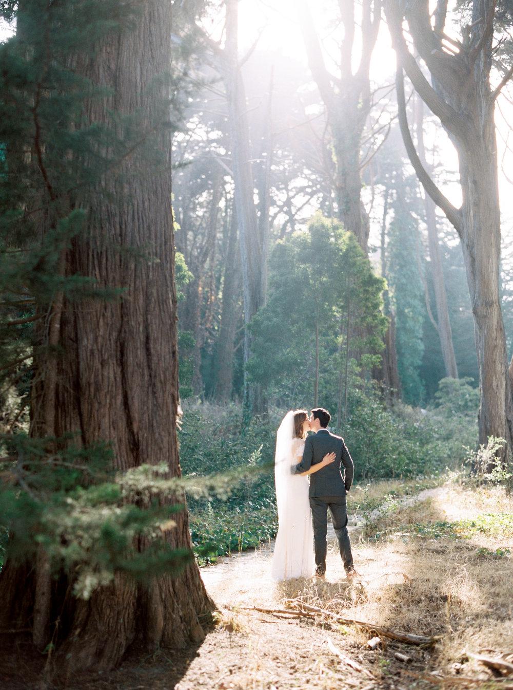 Log-cabin-wedding-in-presidio-san-francisco-california-desintation-wedding-photography-49.jpg