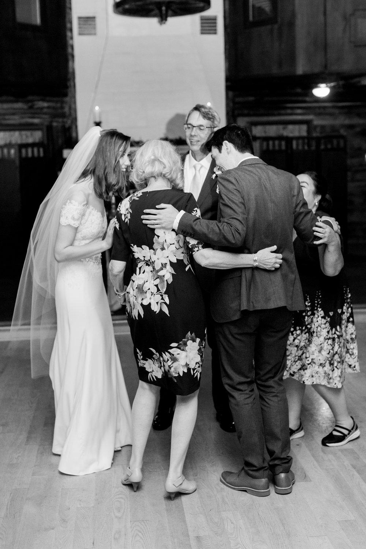 Log-cabin-wedding-in-presidio-san-francisco-california-desintation-wedding-photography-159.jpg