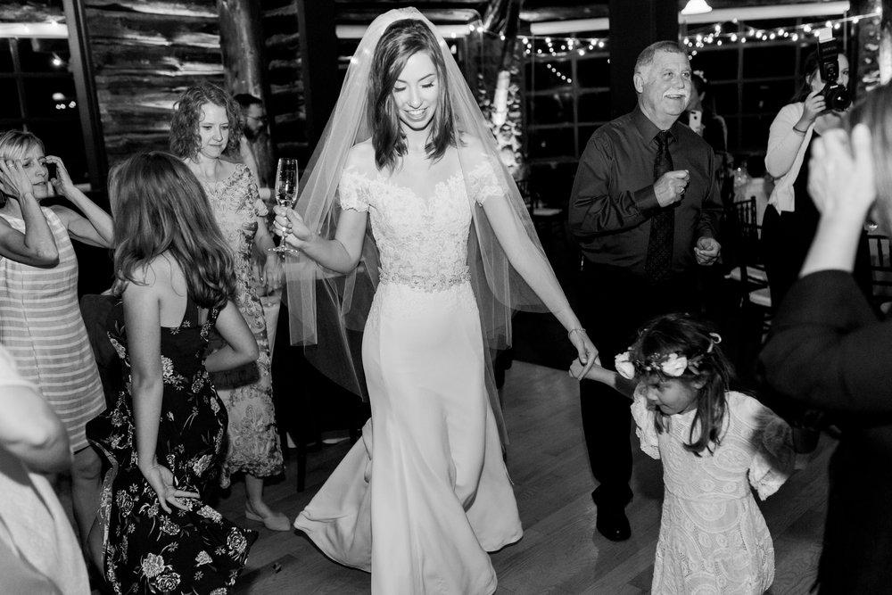Log-cabin-wedding-in-presidio-san-francisco-california-desintation-wedding-photography-163.jpg
