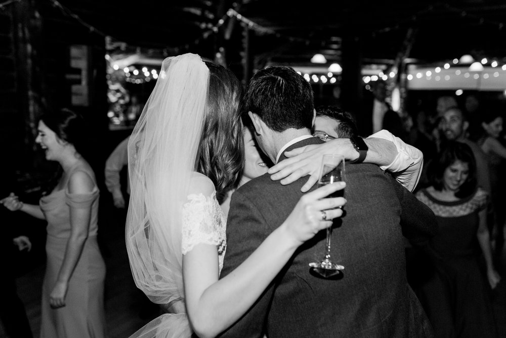 Log-cabin-wedding-in-presidio-san-francisco-california-desintation-wedding-photography-168.jpg