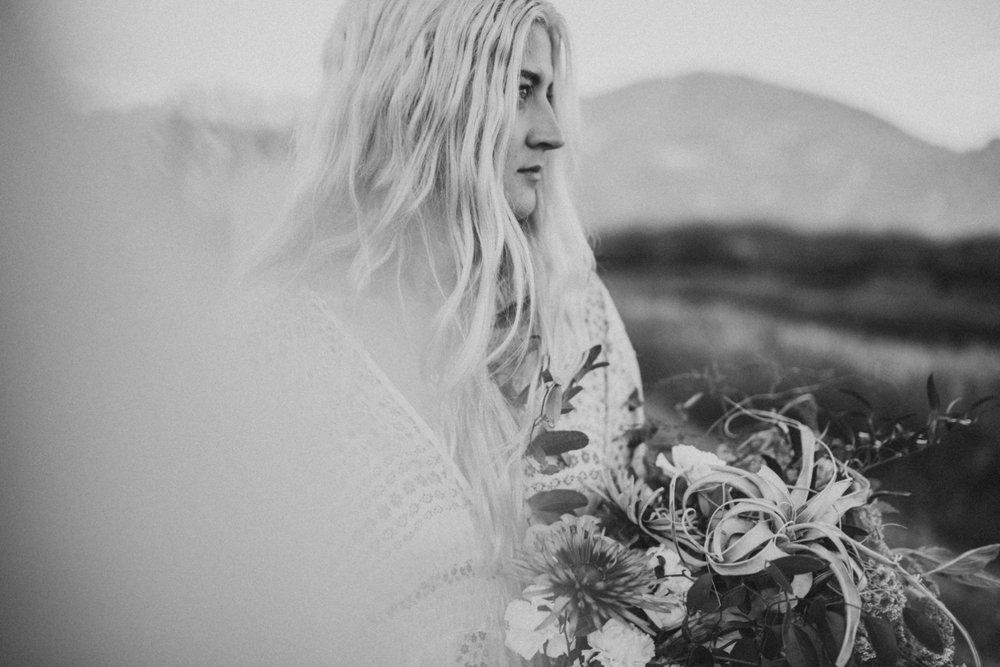 Boho-Bride-Pitt-Lake_0005.jpg