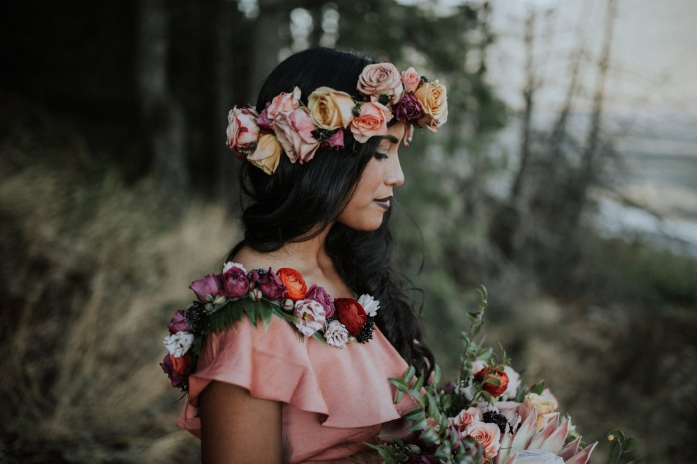 Pitt-Meadows-canoe-styled-elopement