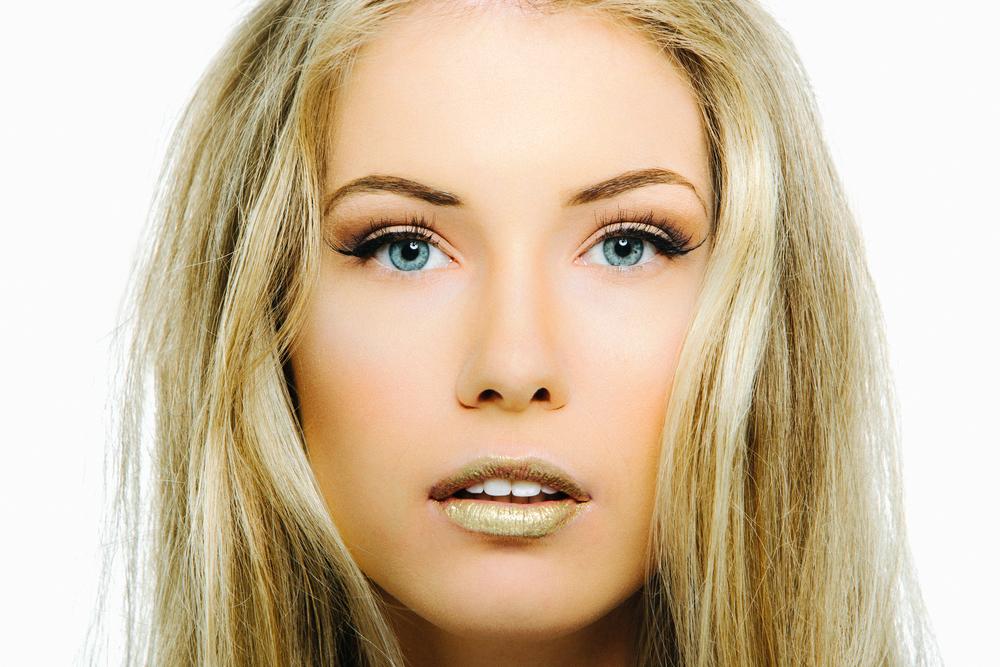 Model: Zara Jekkyl  MUA: Brianna James