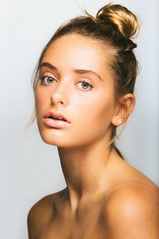 Model: Saskia Jenkins   Click here for more info on Headshots