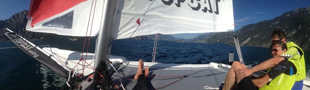 Catamaran excursie op een mooie September middag op het Garda meer