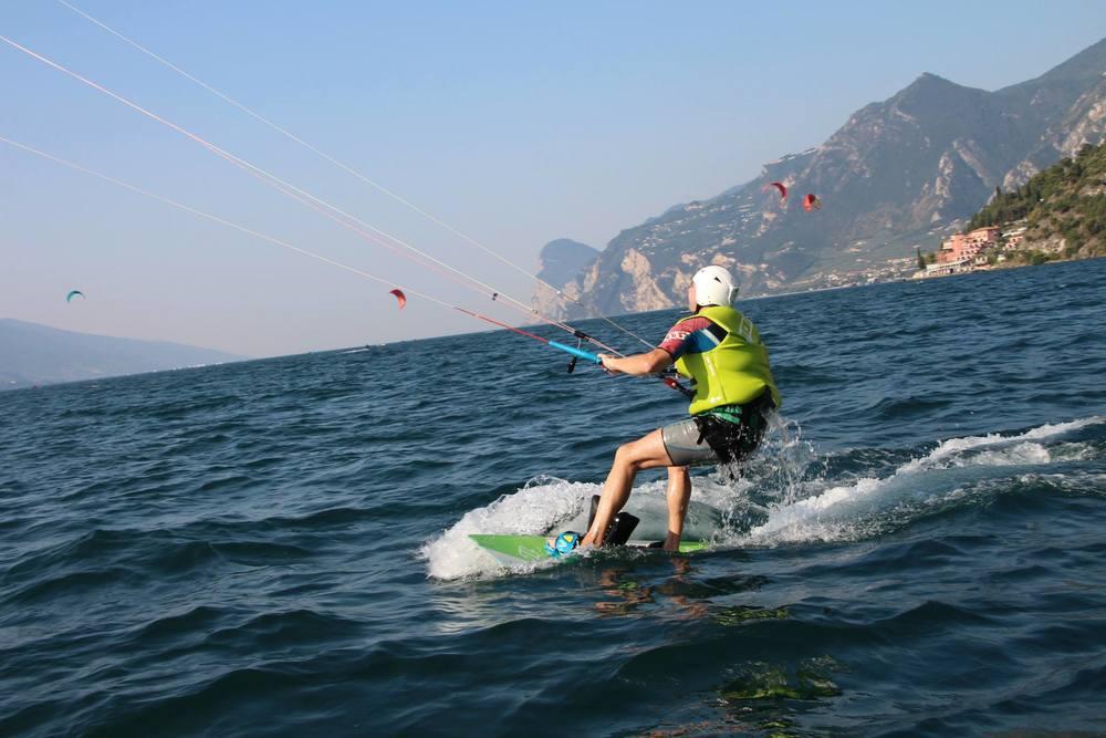 Eerste meters varen, kitesurfen