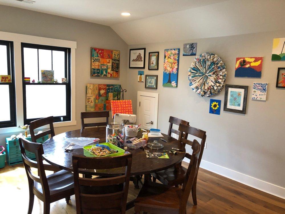 Kid's arts and craft room