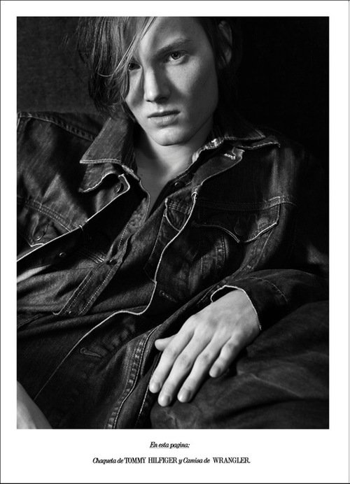 Helge @ DOPAMIN MODELS Düsseldorf – Editorial for R*Magazine by Estelle Klawitter