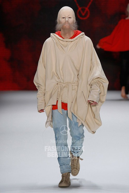 Laurin @ DOPAMIN MODELS Düsseldorf – Patrick Mohr Runway Show Berlin Fashion Week