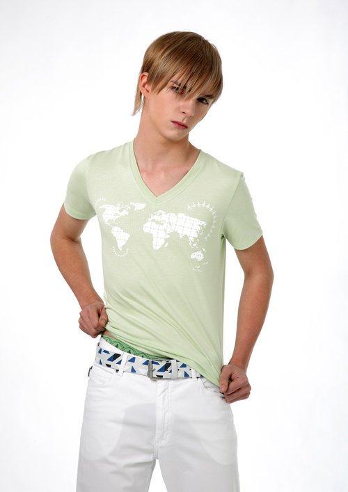 "DOPAMIN stockholm World Map T-shirt, T-Shirt mit Weltkarte, Model: Tim                        Normal     0             21             false     false     false         DE     X-NONE     X-NONE                                                                                                                                                                                                                                                                                                                                                                                                                                                                                                                                                                                                                                                                                                                                                                                                                                                                                                                                                                                                                                                                                                                                                                                                                                                                                                                                                                                                                                                                                                                                                                                                                                                                                                     /* Style Definitions */  table.MsoNormalTable 	{mso-style-name:""Normale Tabelle""; 	mso-tstyle-rowband-size:0; 	mso-tstyle-colband-size:0; 	mso-style-noshow:yes; 	mso-style-priority:99; 	mso-style-parent:""""; 	mso-padding-alt:0cm 5.4pt 0cm 5.4pt; 	mso-para-margin-top:0cm; 	mso-para-margin-right:0cm; 	mso-para-margin-bottom:8.0pt; 	mso-para-margin-left:0cm; 	line-height:107%; 	mso-pagination:widow-orphan; 	font-size:11.0pt; 	font-family:""Calibri"",sans-serif; 	mso-ascii-font-family:Calibri; 	mso-ascii-theme-font:minor-latin; 	mso-hansi-font-family:Calibri; 	mso-hansi-theme-font:minor-latin; 	mso-bidi-font-family:""Times New Roman""; 	mso-bidi-theme-font:minor-bidi; 	mso-fareast-language:EN-US;}                            Normal     0             21             false     false     false         DE     X-NONE     X-NONE                                                                                                                                                                                                                                                                                                                                                                                                                                                                                                                                                                                                                                                                                                                                                                                                                                                                                                                                                                                                                                                                                                                                                                                                                                                                                                                                                                                                                                                                                                                                                                                                                                                                                                     /* Style Definitions */  table.MsoNormalTable 	{mso-style-name:""Normale Tabelle""; 	mso-tstyle-rowband-size:0; 	mso-tstyle-colband-size:0; 	mso-style-noshow:yes; 	mso-style-priority:99; 	mso-style-parent:""""; 	mso-padding-alt:0cm 5.4pt 0cm 5.4pt; 	mso-para-margin-top:0cm; 	mso-para-margin-right:0cm; 	mso-para-margin-bottom:8.0pt; 	mso-para-margin-left:0cm; 	line-height:107%; 	mso-pagination:widow-orphan; 	font-size:11.0pt; 	font-family:""Calibri"",sans-serif; 	mso-ascii-font-family:Calibri; 	mso-ascii-theme-font:minor-latin; 	mso-hansi-font-family:Calibri; 	mso-hansi-theme-font:minor-latin; 	mso-bidi-font-family:""Times New Roman""; 	mso-bidi-theme-font:minor-bidi; 	mso-fareast-language:EN-US;}"
