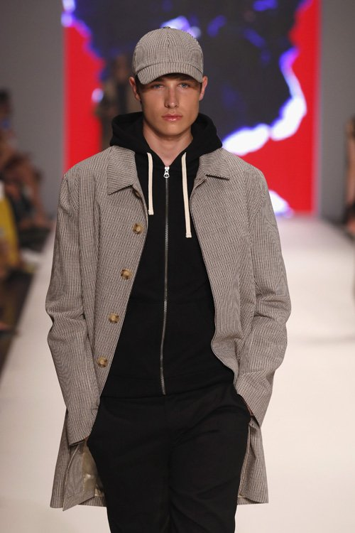 Anton for Breuninger Platform Fashion runway show Düsseldorf; Photo: Sebastian Reuter, Getty Images for Platform Fashion