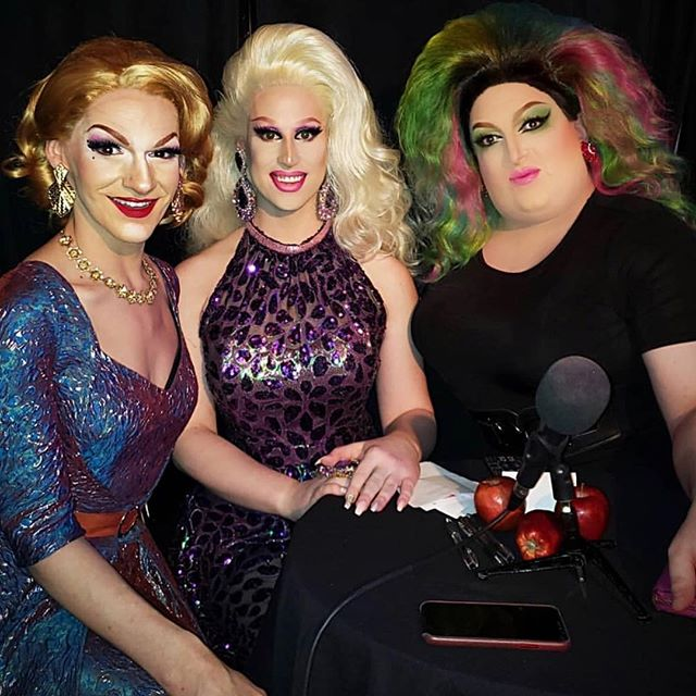 Such a fun night judging at @polishthequeen thank you so much @philchanel for having me xoxo #MaciSumcox #ParodyPrincess #Sumthings #TeaSippingQueen #Sumhunks #LocalQueen #British #Drag #Parody #NYC #London #Fabulous #Diva #Impersonator #Makeup #BigGurl #FollowMe #Beautiful #Happy #PicOfTheDay #Instadaily #Fun #DragQueensNYC #LGBT #Gay