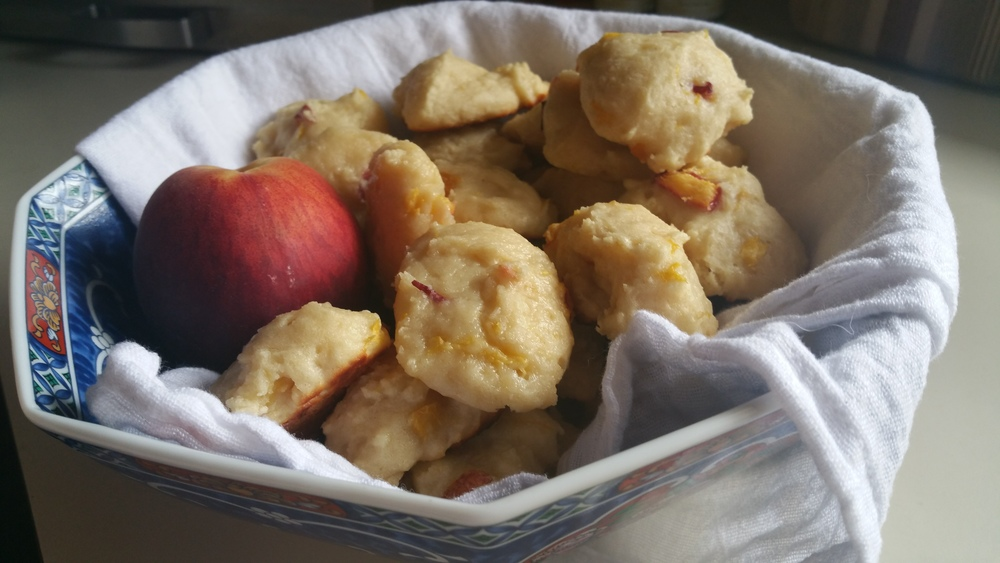 Peach Cobbler BItes - The Peachy Pixel