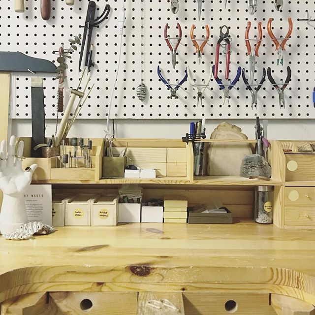 Don't forget to follow my creative journey as the owner, designer, and maker behind my new brand @worthymaker_studio running out my home studio in Squamish, BC #bossmam #shoplocal #shopcanadianmade #shophandmade #jewellerydesigner #objectdesigner #silversmith #squamishcreatives #toolsofthetrade #jewellerybench #workbench