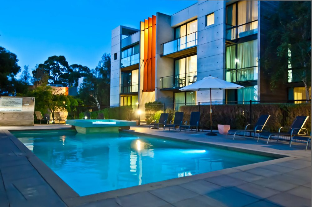 Phillip island Apartments Swimming Pool.jpeg