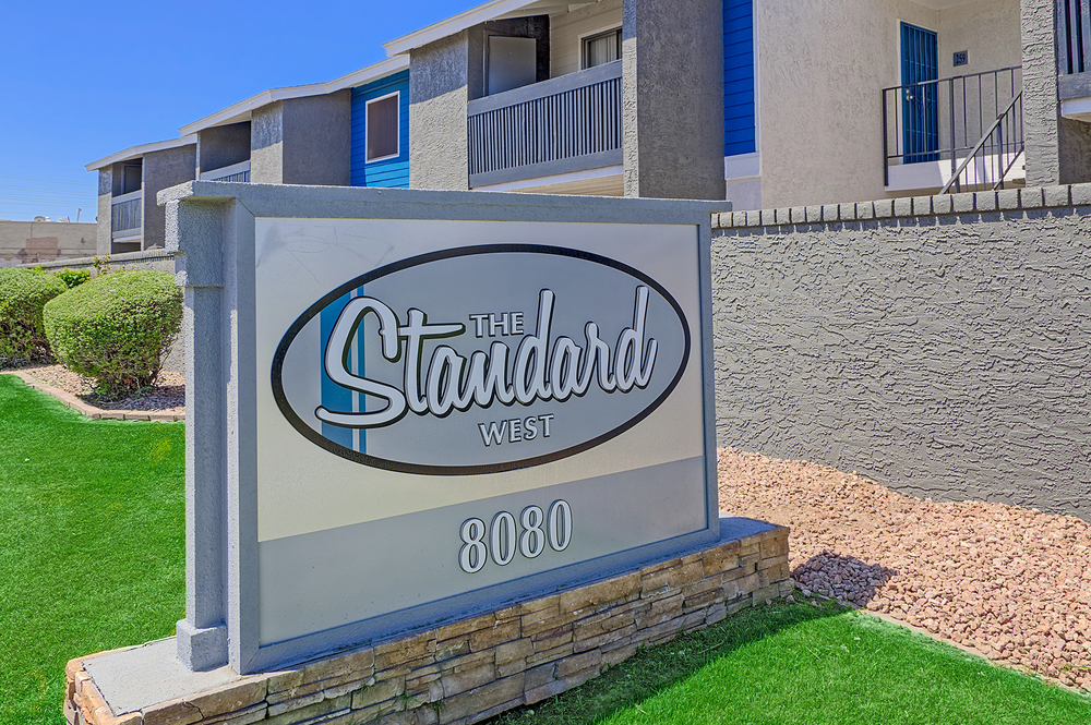 01_Standard Glendale.jpg
