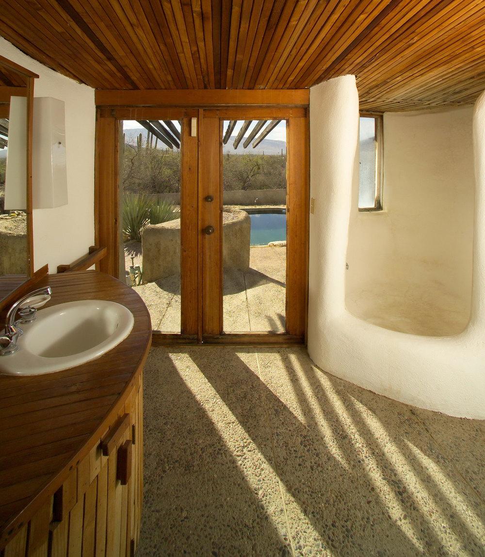 Master-Bath-ver-2-Smart-Web.jpg