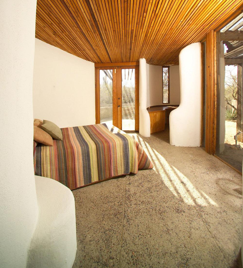 Master-Bed-Room-Smart-Web.jpg