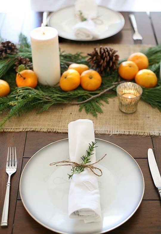 5-Simple-Table-Settings-Using-Greens-&-Candles