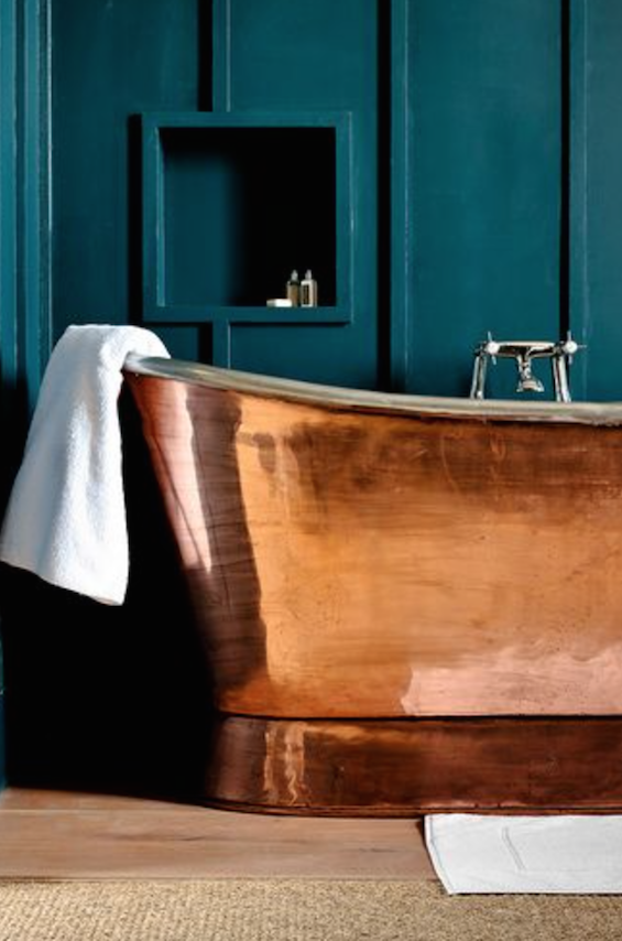 teal-walls-copper-bath