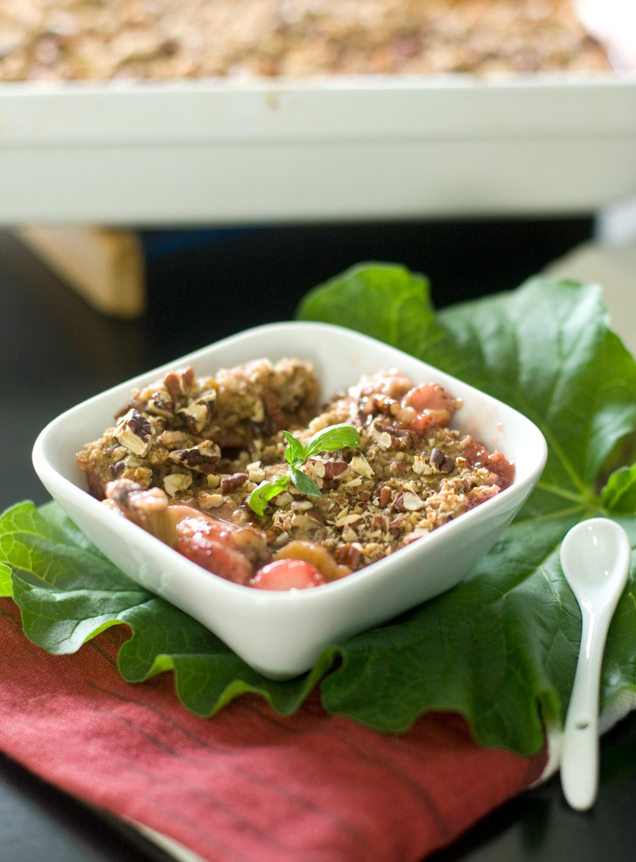 Produce On Parade: Hazelnut Strawberry & Rhubarb Oatmeal