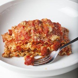 Simple Vegan Lasagna with Beyond Burger & Miyoko's Mozzarella