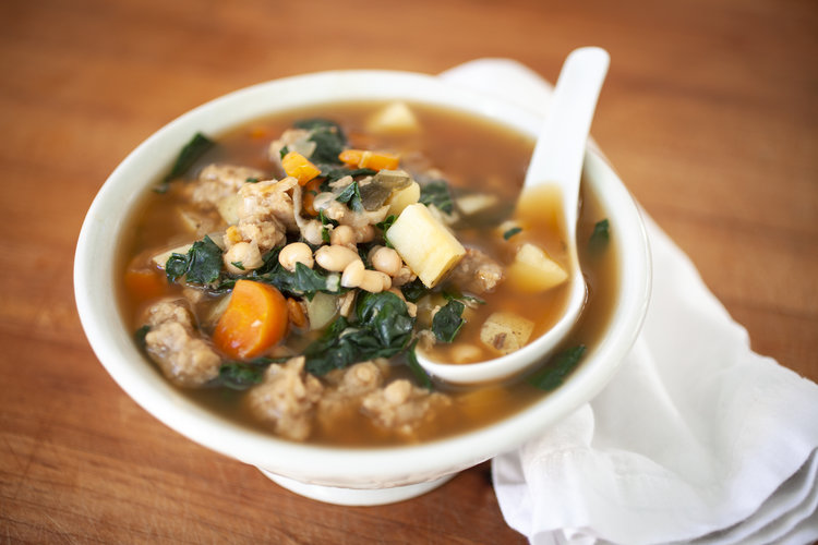 Kale, Vegan Sausage, and White Bean Soup