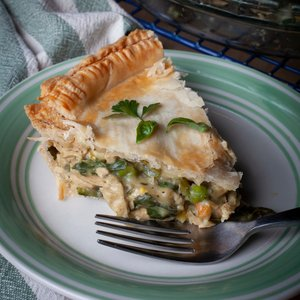 Easy Vegan 'Chicken' Pot Pie
