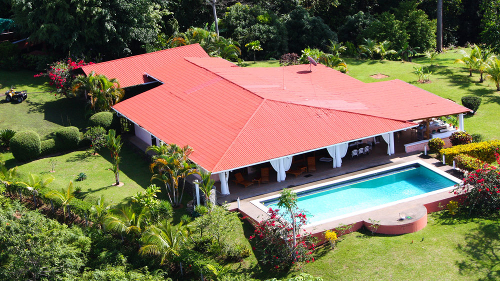 Toucan_Gardens_Villa_Costa_Rica_Outside_0.jpg