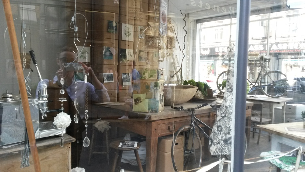 This, as far as I can make out, is a cardboard box shop - however, their shopfit is really, really pretty (please ignore the reflection of me looking like a square in my suit after work - just not hipster enough for Brick Lane that day).