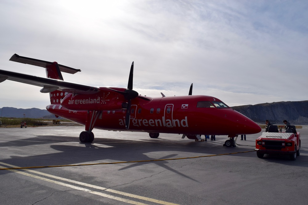 The plane to take me from Kangerlussuaq to Ilulissat (and give me an in-flight cookie).