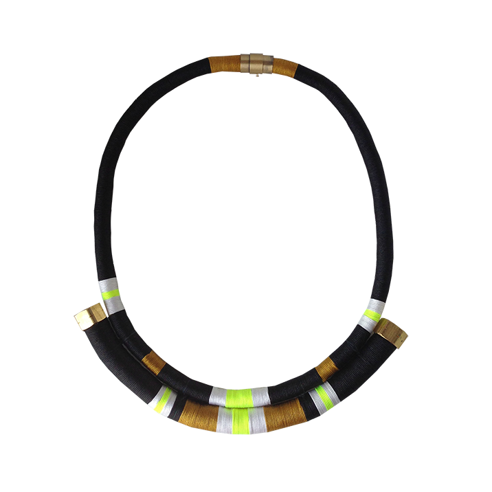 Pisco De Color Necklace