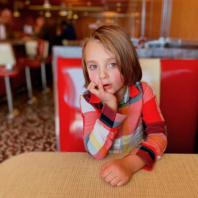 Stages of waiting for lunch.  #wheresmyfood #grumpykid #hangryproblems #patienceisavirtue #cantwait #howmuchlongermom #red #dinerfood #lunchdate #johnnyrockets