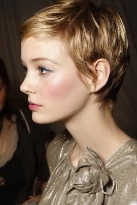 blonde hair2.jpg