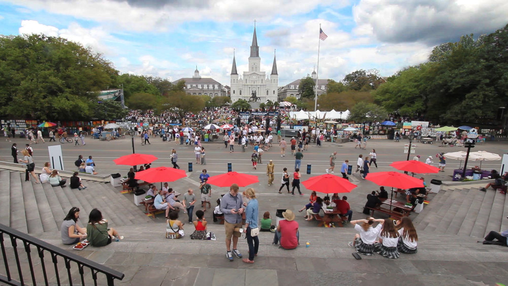 New Orleans Umbrellas Jackson Square And Cathedral Time Lapse◹